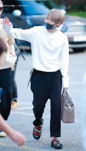防弾少年団(BTS)キム・テヒョン(テテ)の【私服ファッション