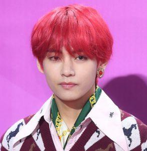 BTS 防弾少年団 キムテヒョン テテ 赤髪 髪型 かっこいい 画像