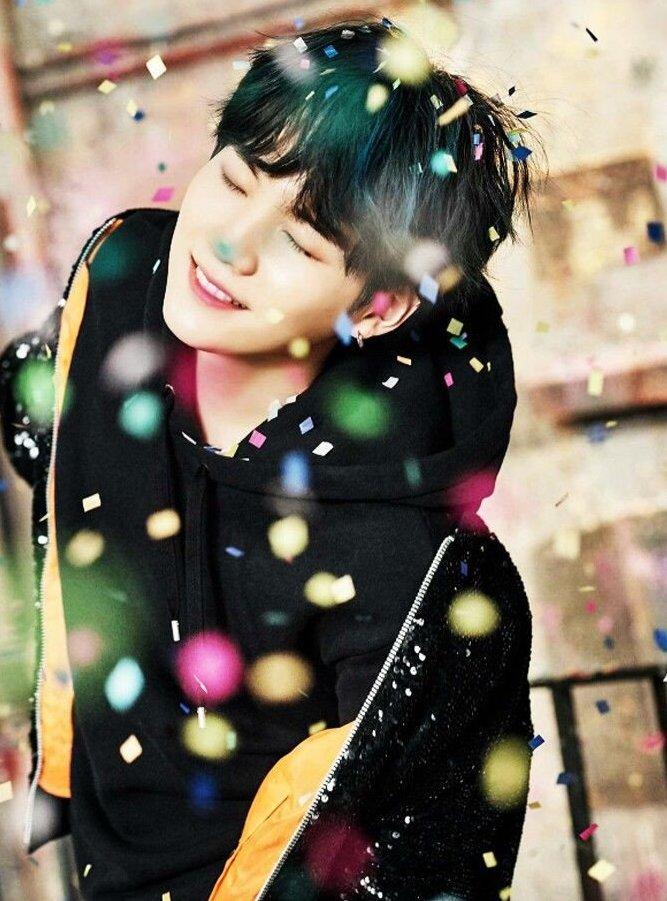 BTS シュガ 誕生日